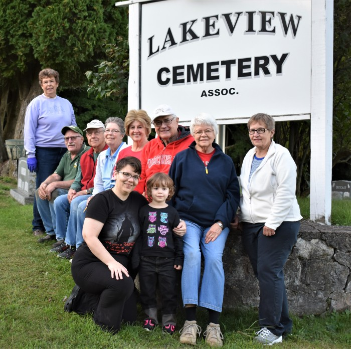 PerleyCemeteryGroup